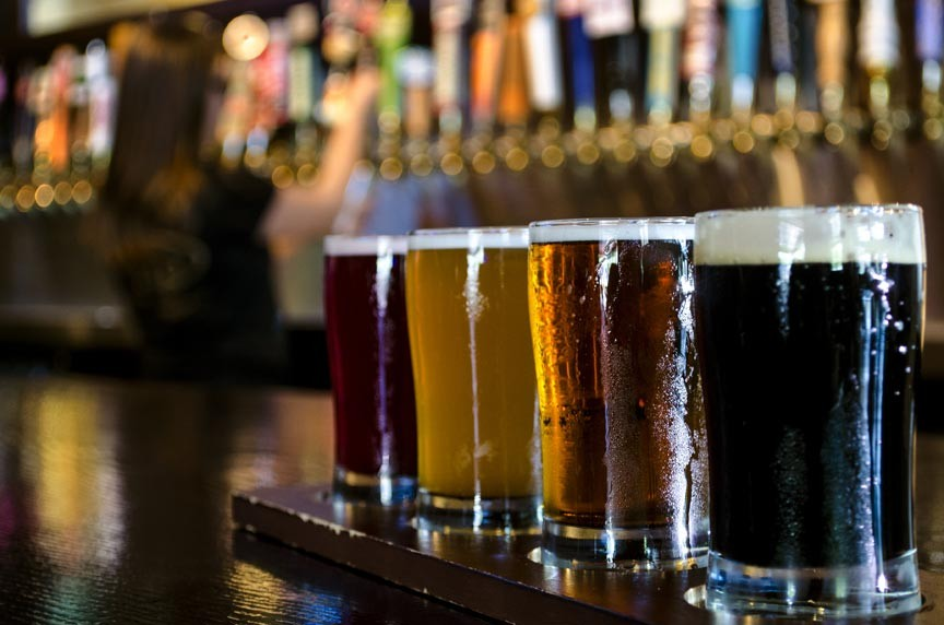 Investigate the craft breweries near Woodstock, Vermont