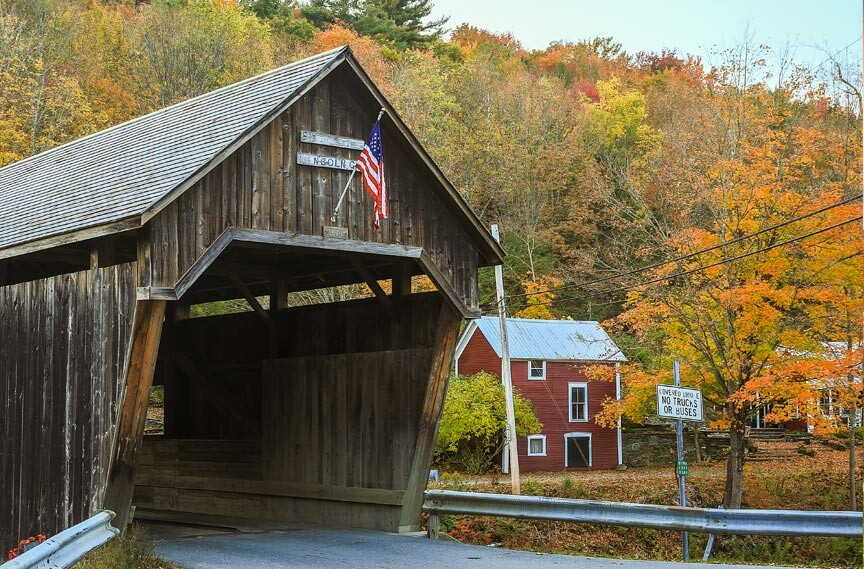 Vermont covered bridges fall foliage drives